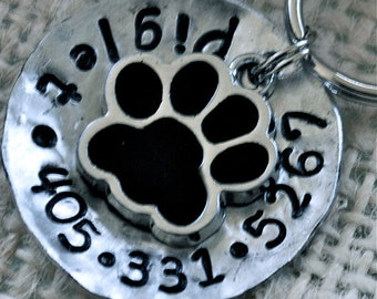 Pet id tag / Piglet Paw domed