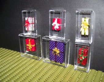miniature christmas presents