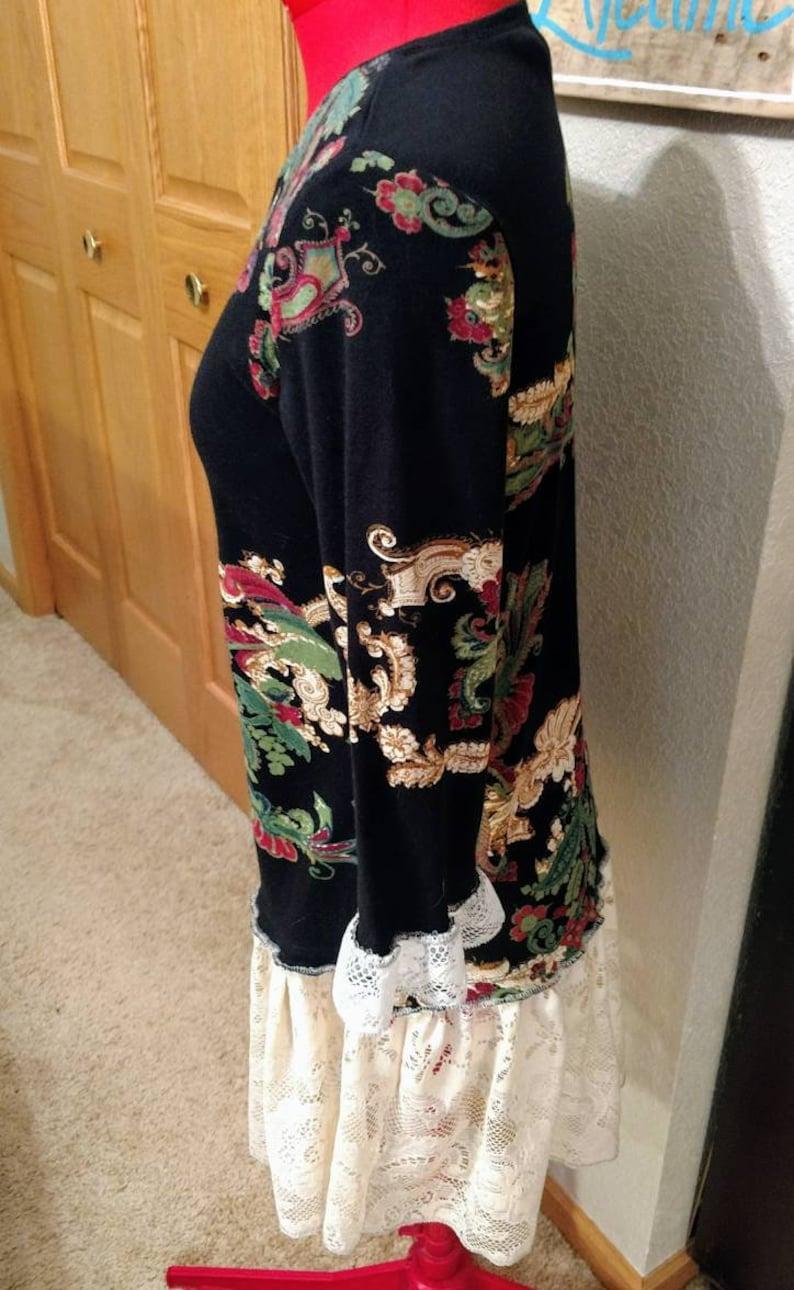 Upcycled artsy tunic Small black Paisley /& vintage lace