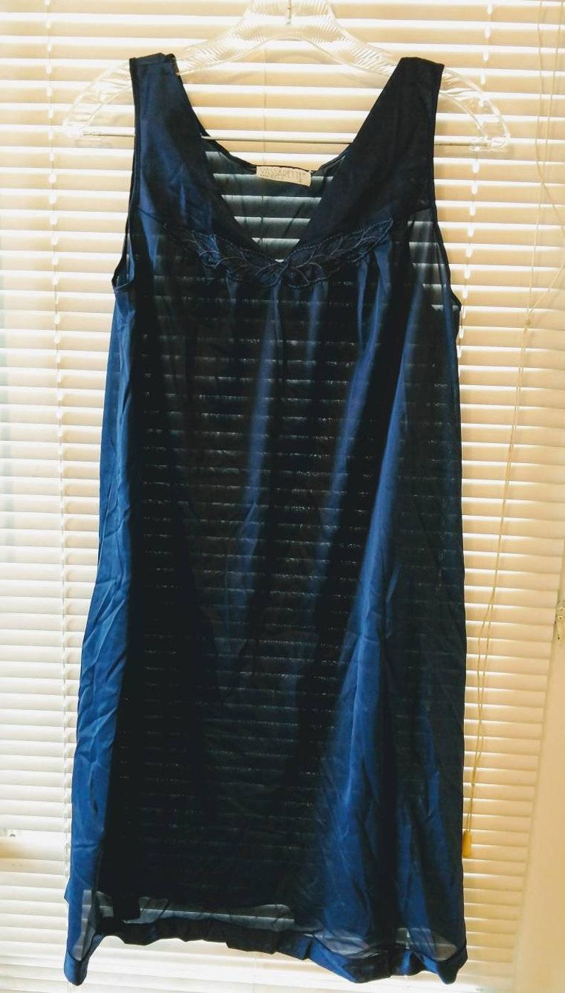 Vintage Vasserette 2 piece lingerie medium navy blue nylon modest nightie /& robe