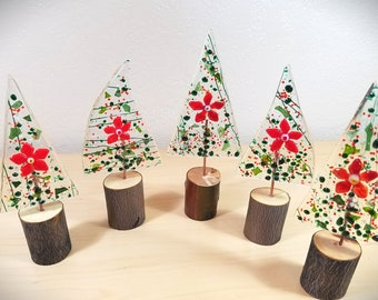 Whimsical fused glass Christmas tree / holly berry and red flower design / natural wood base