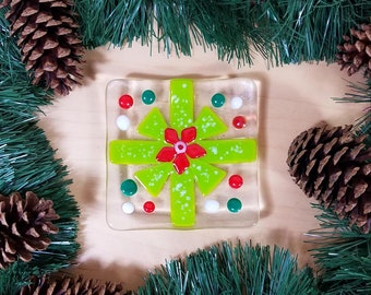 Christmas bow candy dish, Christmas present design, trinket dish, ring dish, trivet, soap dish, hostess gift