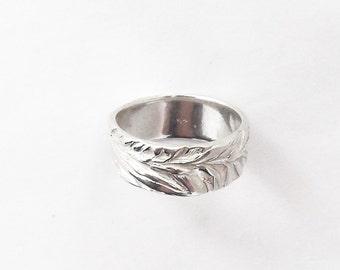 Sterling juniper ring, botanical jewelry, leaf accessory, wedding band