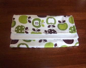 Metro Market Apples in Spring Burp Cloth