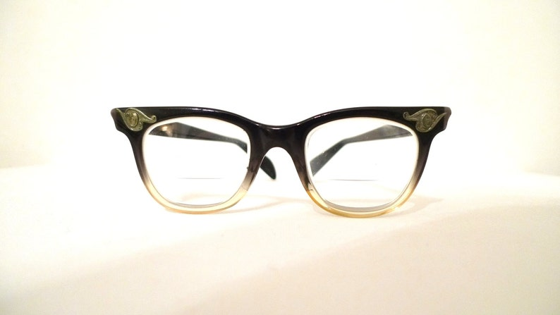 d4f515c913fb Vintage 50s Eyewear. The Ultimate Original Wayfarer Brown Fade