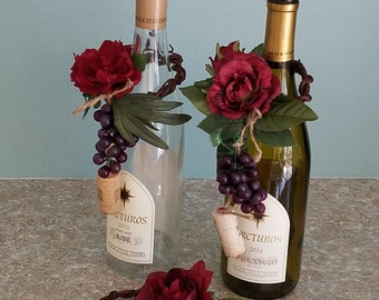 12 Centerpieces Italian Event Wine Bottle Toppers deep Red Wedding reception Bridal shower decor party favors Grapes cork