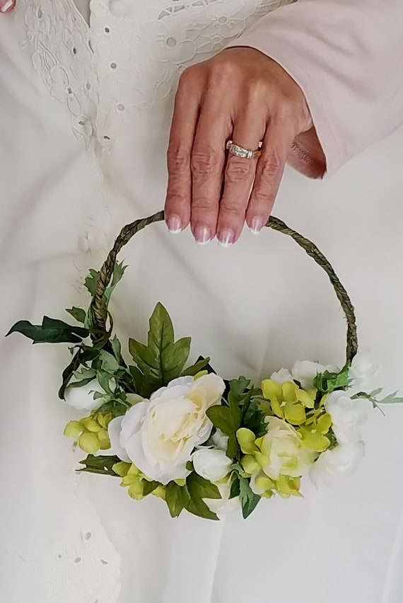 Green Wedding Hoop Wreath Modern Bridal Bouquet Destination Etsy