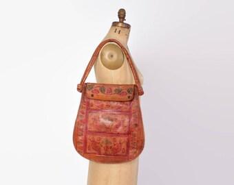 Vintage 70s Tooled PURSE / 1970s Floral Boho PAINTED Leather Shoulder BAG