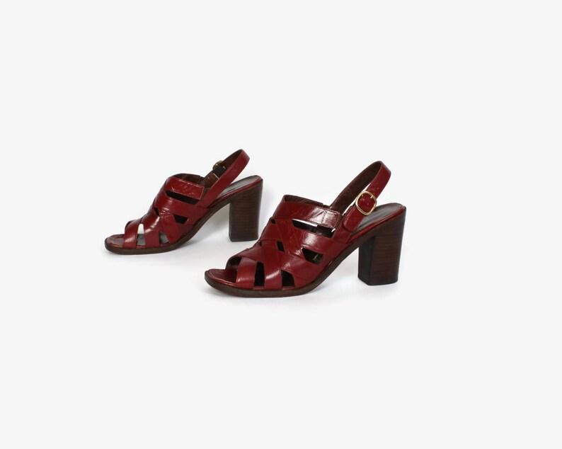 69ba16a039 Vintage 70s Burgundy Heels / 1970s Woven Leather Chunky Heel | Etsy