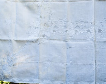 """Embroidered White Linen Tablecloth with 6 Napkins - Grapes and Leaves 84"""" Long"""