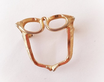 450f6ff21c4 Vintage Cat Eye Sunglasses Brooch Gold Tone Metal