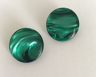 Vintage  Marbled Emerald Green Moonglow Lucite Disc Earrings Clip On