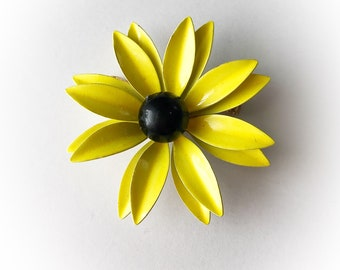 Vintage Mod Flower Power Enamel Brooch Yellow and Black