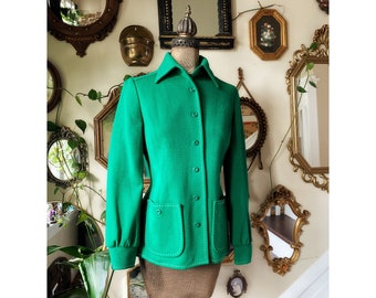 Vintage 1970s Butte Knit Kelly Green Wool and Polyester Button Up Jacket Blazer Top