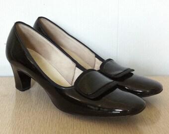 4740e11f61a Vintage 1960s Black Shoes Vinyl Naturilzer High Heels with Buckles Size 5
