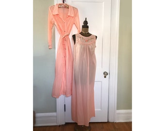 eb8b948472e6a Vintage Katz Coral Orange Nightgown and Matching Robe