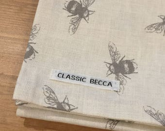 Tea Towel, Kitchen Textile, Kitchen Accessories, Bee Print, Linen Fabric, Dining, Decor.