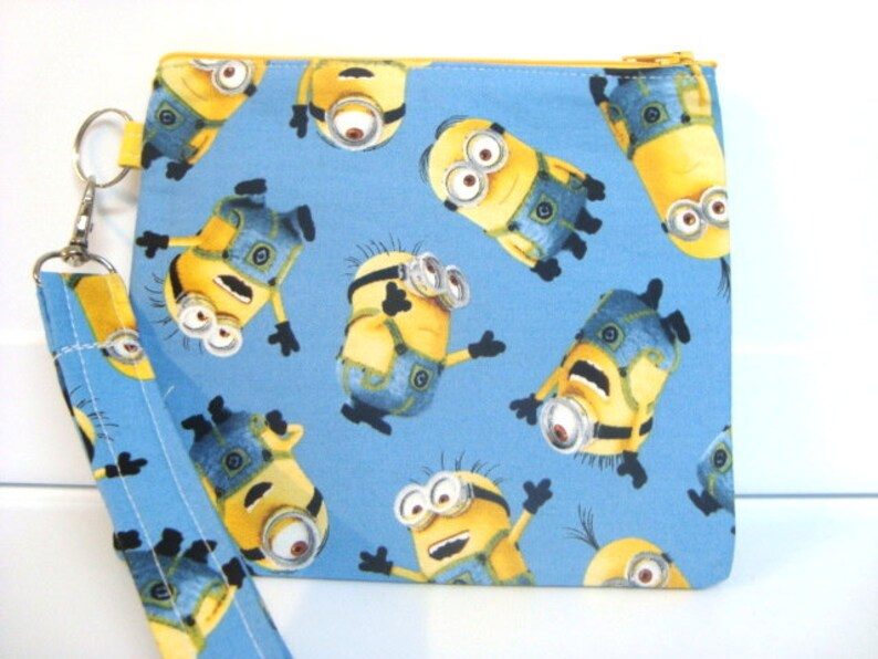 Minions Detachable Lanyard Zipper Wallet ID Pouch and Phone Holder Black