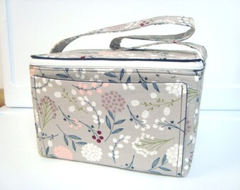 Super Large 6 inch Depth Fabric Coupon Organizer with  ZIPPER CLOSER  Berry Floral