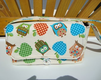 "10% OFF 4"" Large Size Coupon Organizer Holder - Attaches to your shopping cart - Owls and Apples on Cream"