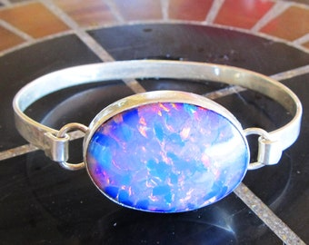 Sterling silver cuff bracelet with opalescent stone, vintage, made in Mexico, 7 inch