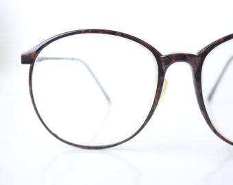 c74fea688293 Round Tortoiseshell Oversized Vintage Glasses – Womens Marchon Oversized  Warm Amber Eyegasses – Rounded Wayfarer Retro 1980s Frames