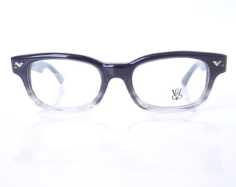 930d93acbf62 Victory Optical Mens Horn Rim Eyeglasses – Mens Deadstock Victory Optical  Black and Clear Fade Glasses – Authentic Victory Frames NOS