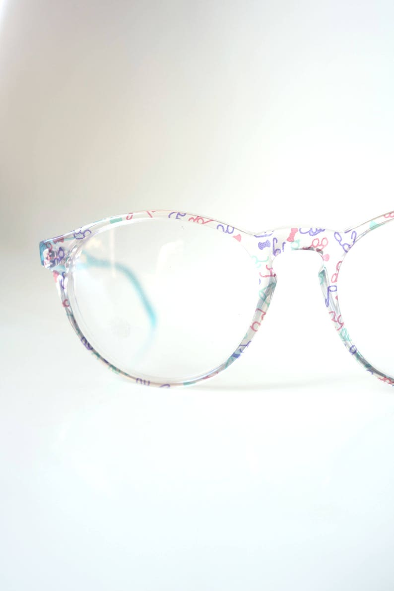 80d2e8fad3 Round 1980s Eyeglasses Colorful Blue and Pink Glasses