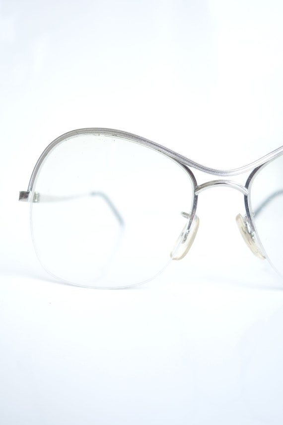 1f35bc0a06b1 Vintage 1980s Tura Glasses 80s Oversized Silver Aviator