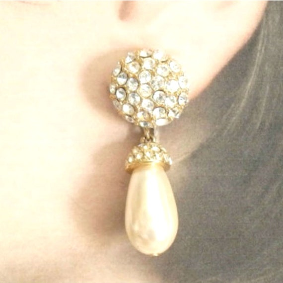 St John Pavé Rhinestone/Pearl Pendant Earrings, V… - image 9