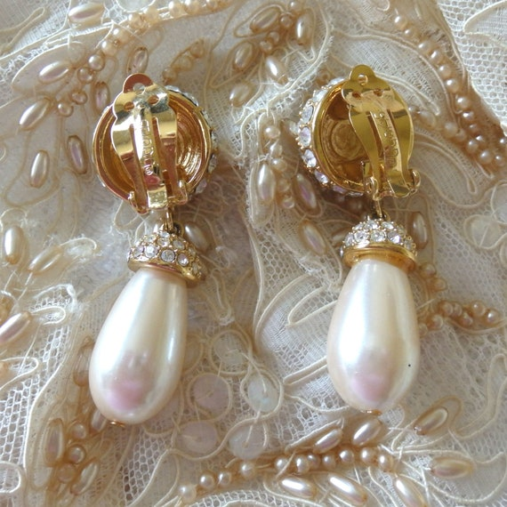 St John Pavé Rhinestone/Pearl Pendant Earrings, V… - image 5