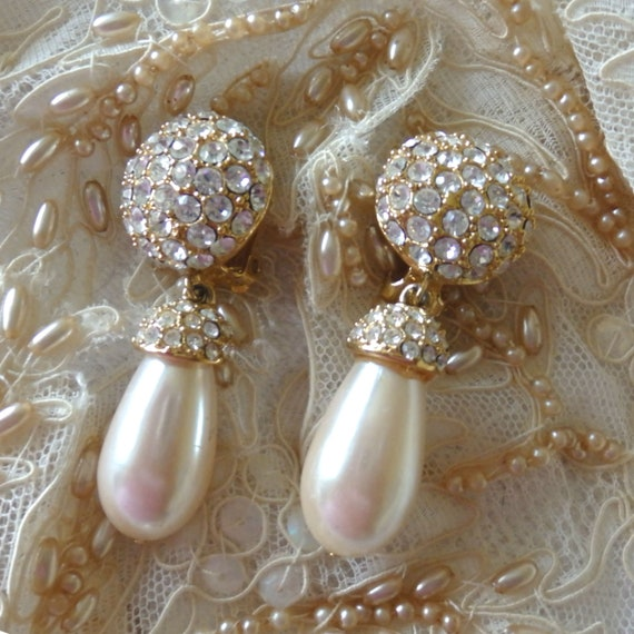St John Pavé Rhinestone/Pearl Pendant Earrings, V… - image 4