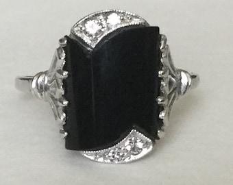 Art Deco diamond and onyx ring 10k white gold
