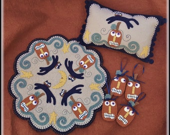 Mischief Night~Halloween/Fall  Penny Rug/Candle Mat with mini pillow & ornies Set DIGITAL DOWNLOAD