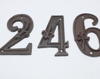 Iron cast numbers /// Vintage  Door Numbers