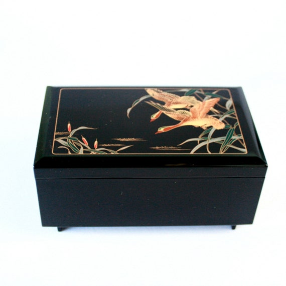 Lacquer Japanese Music Box Jewellery Box