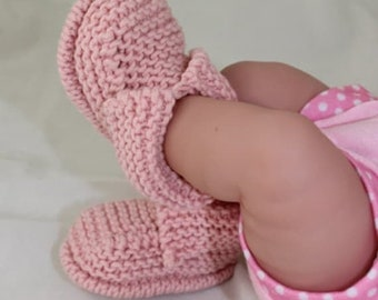 sale 25% off Instant Digital File PDF Download - Baby's First Booties Bootees  knitting pattern