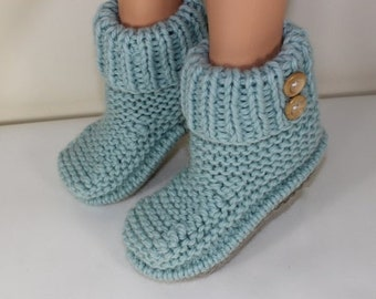 sale 25% off Instant Digital pdf download knitting pattern-2 Button Super Chunky Slipper Boots pdf download knitting pattern by MADMONKEYKNI