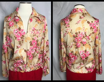 1970s Beige Stretch Knit Blouse with Vibrant Pink Flower and Orange Paisley Design, Wide Pointed Collar and Drawstring Hem - Size Medium