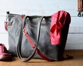 Waxed canvas bag, Messenger bag, adult bag, Tote bag, Gift for her, gift for him, bike bag, work bag, Unisex tote