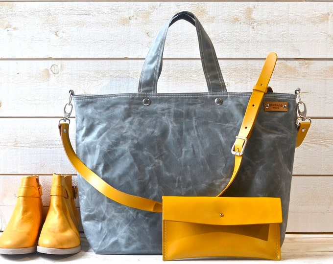 Solid Waxed Totes