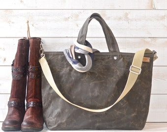 Diaper bag,Waxed canvas tote,Messenger bag,Canvas tote,adult bag, gift for her, bike bag,graduation gift,travel bag