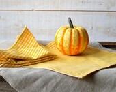 YELLOW Gingham Table Napkins set of 4 / Rustic picnic napkins / eco friendly food napkins / retro napkins / Christmas decor