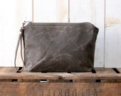 Waxed canvas pouch,utility pouch,cosmetic toiletry bag,travel pouch,khaki green zipper pouch,christmas gift