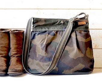 Camouflage Canvas bag, Waxed canvas bag, Messenger bag, diaper bag, adult bag, Camouflage bag, gift for her, bike bag, travel bag, green bag