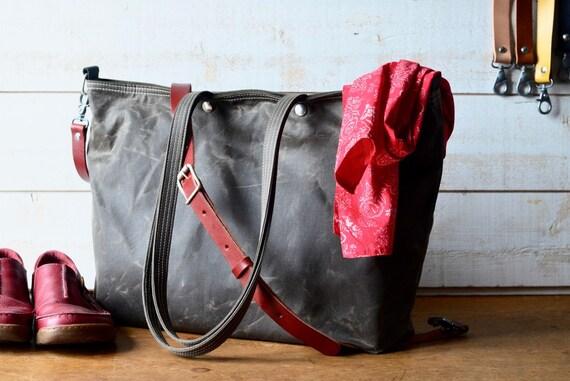 Messenger bag Gift for Her Adult bag Canvas tote Travel bag Diaper bag Bike bag Tan brown Waxed canvas tote