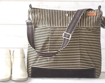 Waxed Canvas bag, Large Crossbody Bag, Large Canvas bag, Leather bottom bag, 3 WAY  ikabags