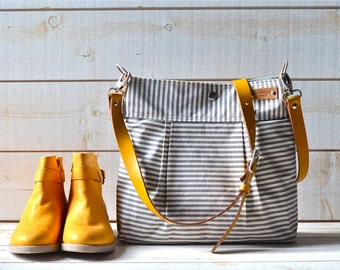 Best Seller   DAILY BAG Stockholm Gray  geometric nautical striped  Leather / Ikabags Featured on The Martha Stewart F4