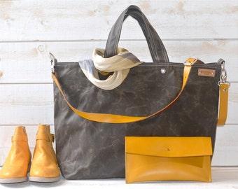 Canvas tote, Waxed canvas tote, Messenger bag, Diaper bag, Adult bag, Gift for Her, Bike bag, Travel bag, Khaki Green