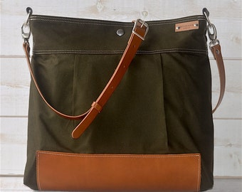 Green Diaper bag, Cross body bag, Messenger bag, travel bag, graduation gift, Mom gift, gift for her, Stockholm with Leather strap bottom